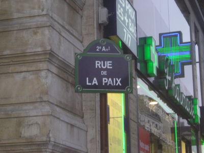 Pour mettre un hôtel, Rue de la Paix